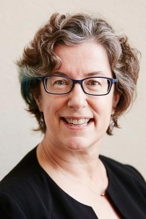 Headshot of Ellen Silva Senior manager, applied sustainability, General Mills