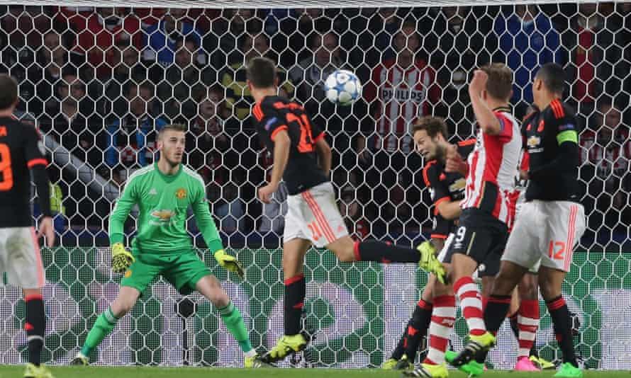 PSV v Man United
