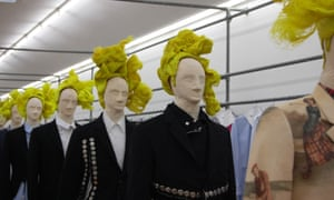 Rei Kawakubo's Broken Tailoring collection, with hairpieces by Julien d'Ys.