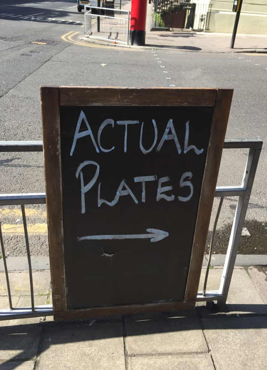 'My prediction is that plates are going to be the hip new thing for 2016' … says Ross Swanson of the Griffin pub in Glasgow.