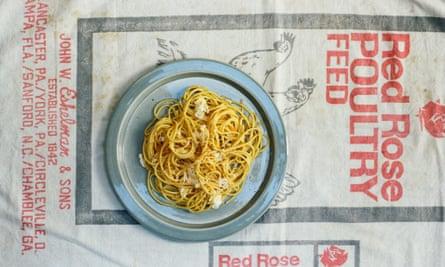 Got spaghetti? Got an egg? Try spaghetti with a fried egg.