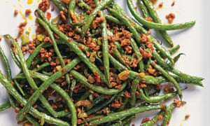 DRY-FRIED FRENCH BEANS WITH MINCED PORK