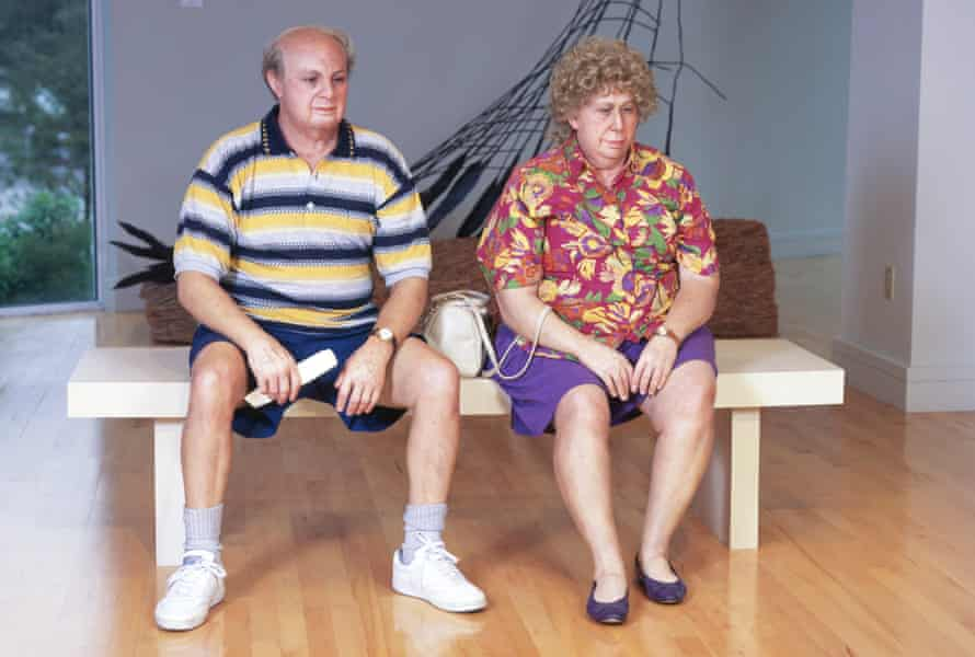 Old Couple on a Bench by Duane Hanson at the Serpentine Sackler Gallery.