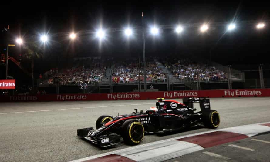 Jenson Button failed to finish the Singapore Grand Prix after his McLaren car failed him once more.