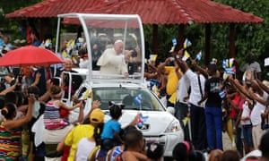 Pope in vehicle Santiago
