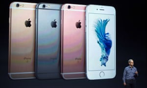 Tim Cook presents the iPhone 6S at the 2015 Apple event.