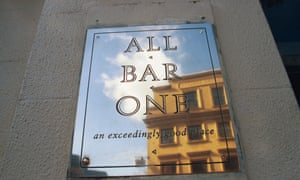 All Bar One owner replaces chief executive.