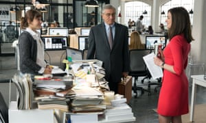 Backseat driver ... Robert De Niro is The Intern with advice for boss Anne Hathaway.