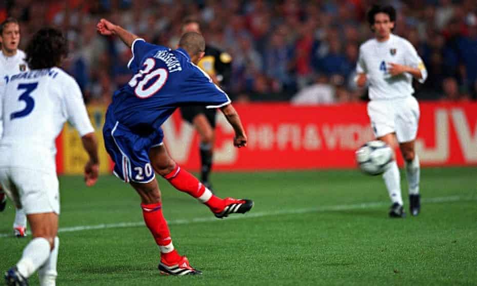 France's David Trezeguet scores the wining goal in the final of Euro 2000.