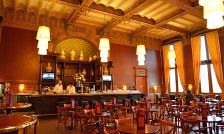 Interior of Grand Cafe-Restaurant 1e klas, Stationsplein, Centraal Station, Amsterdam.