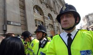 "BAGMTC G20 Summit, London, Britain, UK. G20SummitLondonpolicepolicingprotestG20SummitLondonpolicepolicingprotestprotestorprotestorscapitalcitycitiesmeetingEnglandEnglishUKUnitedKingdomGreatBritainBritishEuropeanEuropeEUGBEEClinekettlingtactictacticsThreadneedlestreetpeopleperson""metpolice""""metropolitanpolice""officerofficersG20SummitLondonpolicepolicingprotestprotestorprotestorscapitalcitycitiesmeetingEnglandEnglishUKUnitedKingdomGreatBritainBritishEuropeanEuropeEUGBEEC"