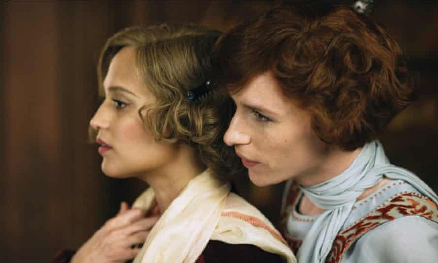 Alicia Vikander and Eddie Redmayne in The Danish Girl