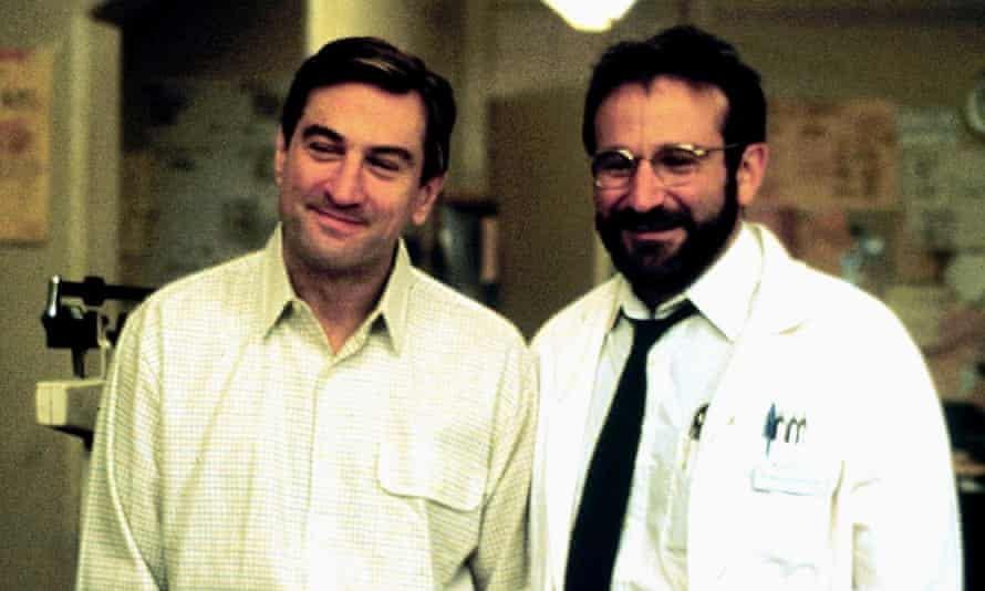 Robert De Niro (left) and Robin Williams in Awakenings (1990)