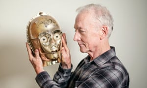 Alas, poor C-P30 … Anthony Daniels with the original head from the first 1977 Star Wars movie.
