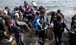 Syrian refugees land on the shores of th