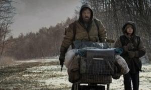 VIGGO MORTENSEN & KODI SMIT-MCPHEE in THE ROAD (2009). Directed By JOHN HILLCOAT