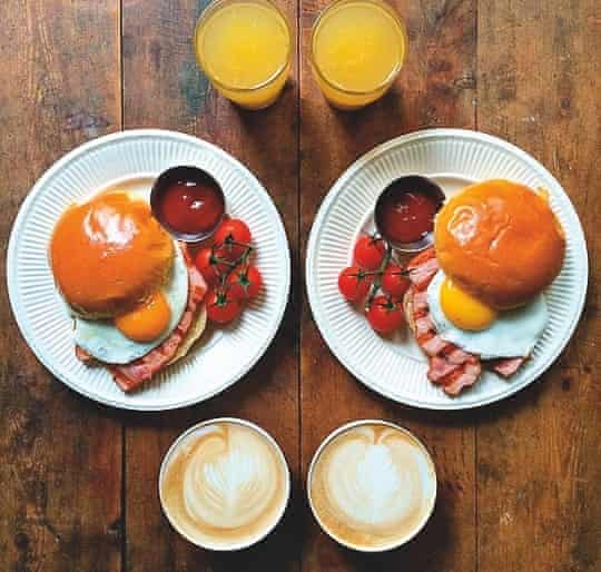 A picture of food from the Instagram account @symmetrybreakfast