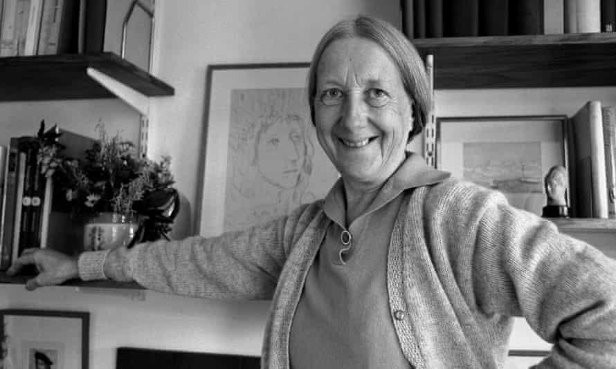 Imogen Holst at home in Aldeburgh, 1972.