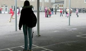 SCHOOLCHILDREN - 2005