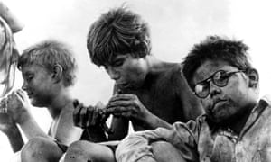 Hugh Edwards as Piggy (right) in the 1963 film of Lord of the Flies
