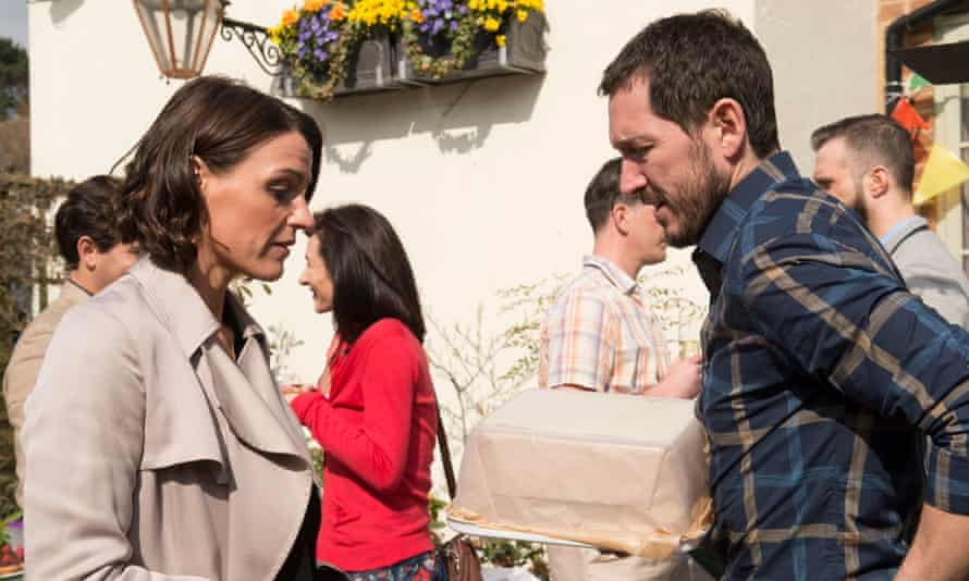The dread builds up in layers … Suranne Jones and Bertie Carvel in Doctor Foster.
