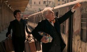 Riccardo Scamarcio as Ninetto Davoli and Ninetto Davoli as Epifanio