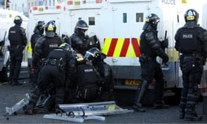 8714ab5b4d Belfast riots lead to questioning of police tactics over flag ...