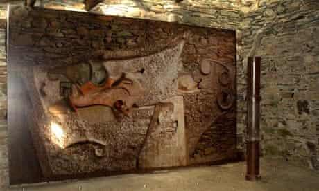 Kurt Schwitters: interior of the Merz Barn