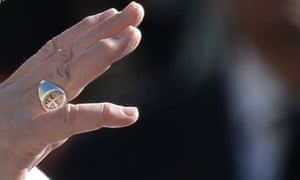 The hand of Pope Francis
