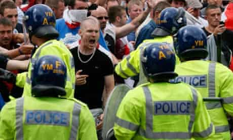 Police confront EDL supporters