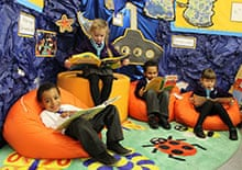 Peter Hyman: pupils at the school relax with books