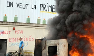 Workers' protest at the New Fabris factory, France, 2009