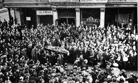 The funeral of IWW organiser and labour agitator Joe Hill, in Utah, November 1915