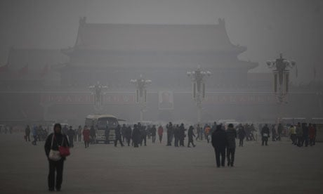 Polluted air at Tianamin Square