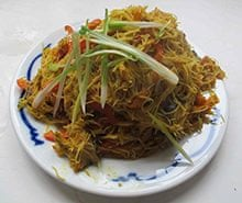 Ching-He Huang's Singapore noodles
