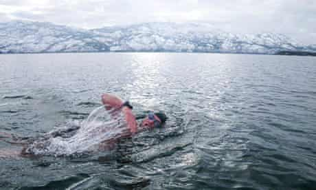 Paul Duffield, Canada's first ice miler, takes a sub 5C dip.