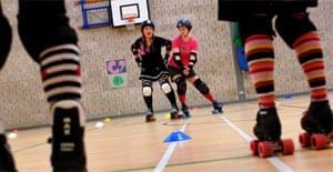 Women-only roller derby
