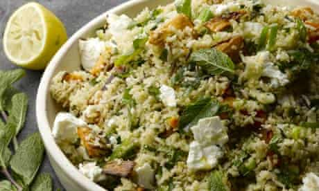 Quinoa salad with dried Iranian lime