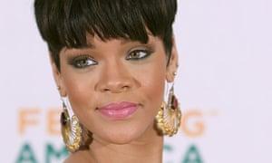 Rihanna wearing big earrings