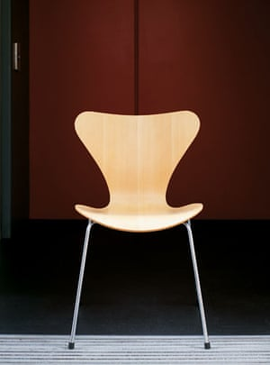 10 iconic chairs: Model 3107