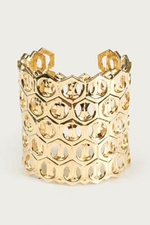 Bracelets: Gold cuff