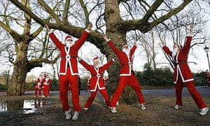 Runners dressed as Santa
