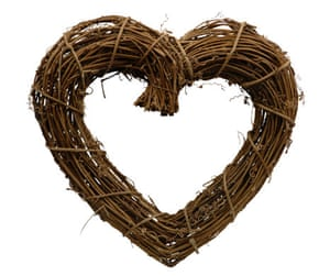 Christmas wreaths: Twig heart wreath