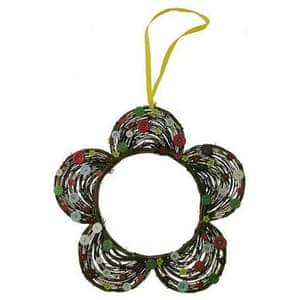 Christmas wreaths: Flower wreath with buttons