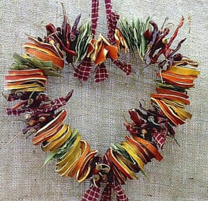 Christmas wreaths: Herb and fruit heart wreath