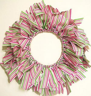Christmas wreaths: Ribbon wreath