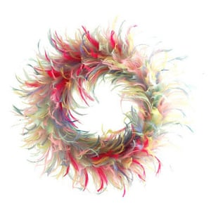 Christmas wreaths: Feather wreath