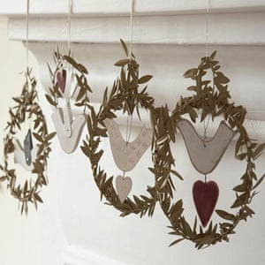 Christmas wreaths: Set of four dove wreaths