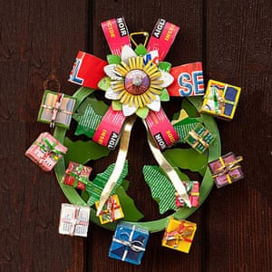 Christmas wreaths: Recycled fair trade wreath