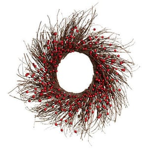 Christmas wreaths: Twig and red berry wreath